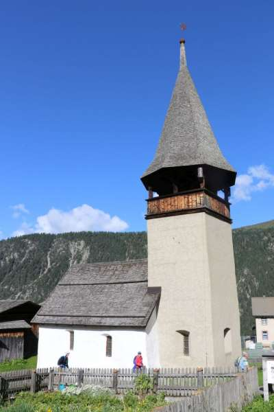 Alte-Kirche-Monstein